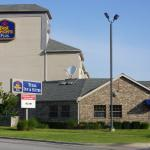 Photo de BEST WESTERN PLUS Tulsa Inn & Suites