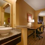 Photo of BEST WESTERN Knoxville Suites