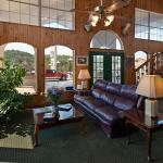 Photo of BEST WESTERN Sunday House Inn
