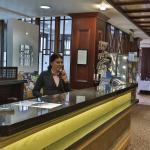 Foto de BEST WESTERN PLUS Cedar Court Hotel