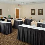 Photo de DoubleTree by Hilton Hotel Chicago - Schaumburg