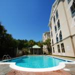 Photo of Hampton Inn & Suites Charleston /  West Ashley