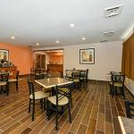 Photo de Quality Inn & Suites of Stoughton