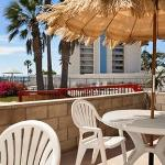 Days Inn Oceanside at the Coast