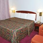 Majestic Inn & Suites의 사진