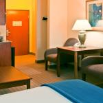 Photo de Holiday Inn Express Enterprise