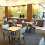 Photo de La Quinta Inn & Suites New Haven
