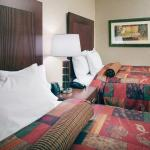 Photo de Embassy Suites by Hilton San Marcos - Hotel, Spa & Conference Center