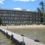Beachfront Hotel Houghton Lake Michiganの写真