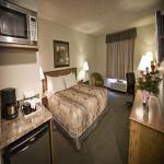 Photo of Service Plus Inns & Suites Drayton Valley