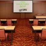 Photo de Courtyard by Marriott - Wichita at Old Town