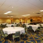 Clarion Hotel Tulsa - Broken Arrow Foto