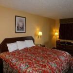 Redwood Inn and Suites