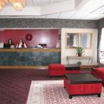 Hanford Inn & Suites