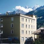 Photo of Le Petit Hotel