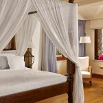 Photo de Blue Palace, a Luxury Collection Resort & Spa