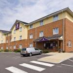 Premier Inn Swindon Central Hotel
