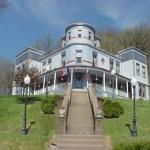 Photo of Mont Rest Inn