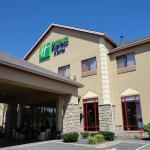 Holiday Inn Express Hotel & Suites Olathe North