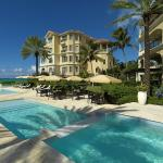 Photo de The Somerset on Grace Bay