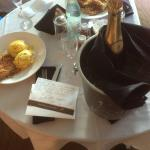 Champagne gift with room service