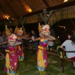 Welcome by traditional dancers