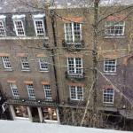 view from 4th floor - very 'London'
