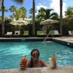 daiquiri & colada poolside !
