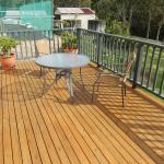 Sole Use Outdoor Deck off Room 5