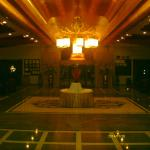Royal Dragon Hotel Foto