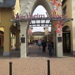 Wertheim Village Foto