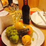 Wine & fruit in our room