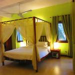 Photo of Auberge Mont-Royal d'Angkor