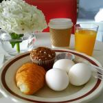 The wonderful breakfast, eggs and cream cheese highlights of the Parisian buffet.