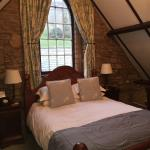 Photo de Tudor Farmhouse Hotel