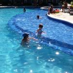 Preferred Club 1 pool - shallow step is great for kids