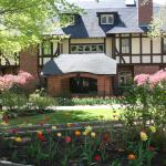 Gramercy Mansion in April with tulips