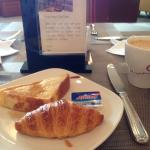 Breakfast at the Royal Premier Lounge