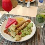 Lunch Buffet with Mojito