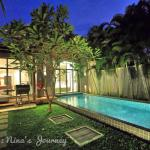 Two Villas Holiday resmi