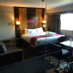 Photo de DoubleTree by Hilton Bristol South - Cadbury House