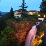 Columbia Cliff Villas Hotel Hood River