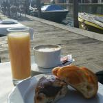 Breakfast by the canal