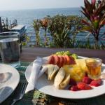 Having breakfast on the lake - the fresh fruit was deliciious