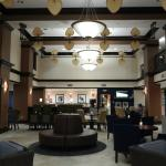 Attractive lobby and breakfast area
