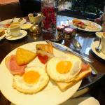 Breakfast in Club Sofitel