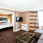 Executive Queen Suite