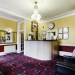 Photo de Tudor Court Hotel