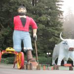 Paul Bunyan after his arm blew off! Trees of Mystery.