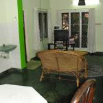 Green House Home Stay resmi
